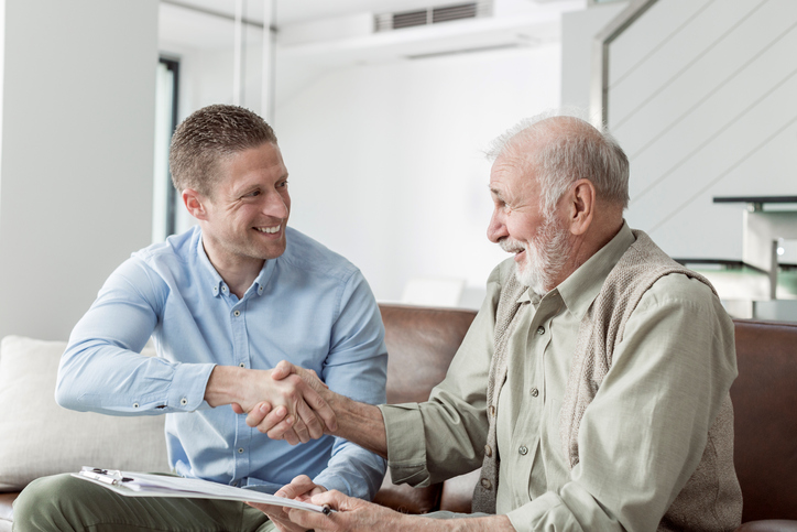 What Does an Independent Insurance Agent Do?